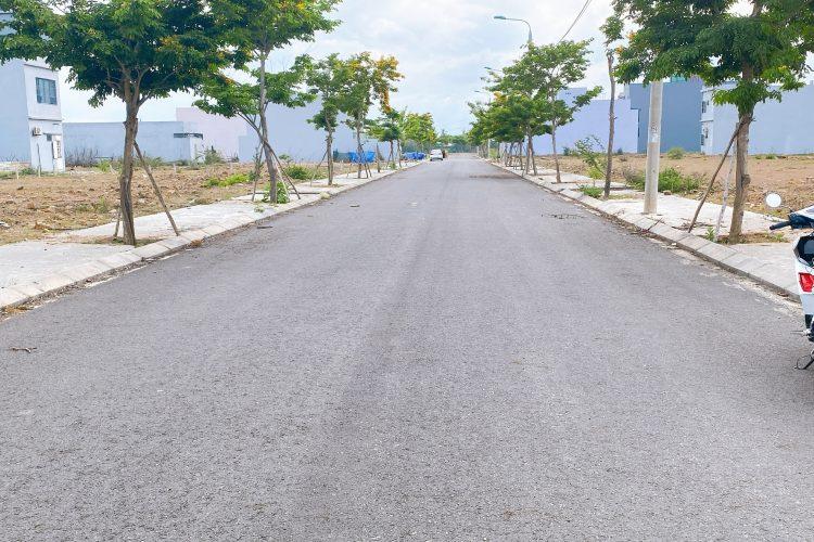 Bán Đất Nền Cụm B2-4X và 5X Nam Hòa Xuân đường 7.5m B2-56 lô 5x - Gần sông NHX